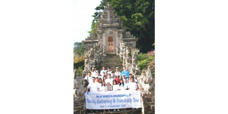 Palm Semesta Engineering, Fuji Electric Authorized Distributor - 2006 Company Trip, Bandung, West Java